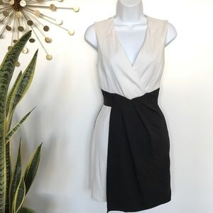 Bebe black & white faux wrap sheath dress size XS